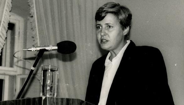 Johanna Dohnal am Rednerpult © -, Dohnal Archiv