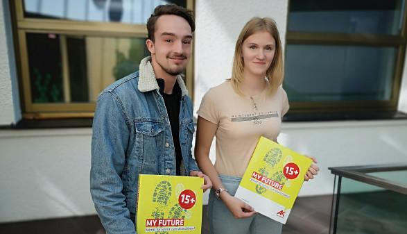 Schüler mit BO-Mappe © -, Arbeiterkammer Oberösterreich