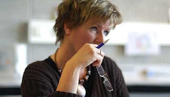 Frau denkt nach © Blue Sign, Fotolia.com