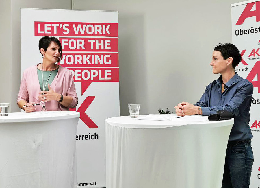 AK-Vizepräsidentin Elfriede Schober und Hebamme Maria Guldner © Nina Gruber, Arbeiterkammer Oberösterreich