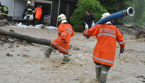 Hochwasser-Einsatz der Feuerwehr © Wolfgang Spitzbart, AK OÖ