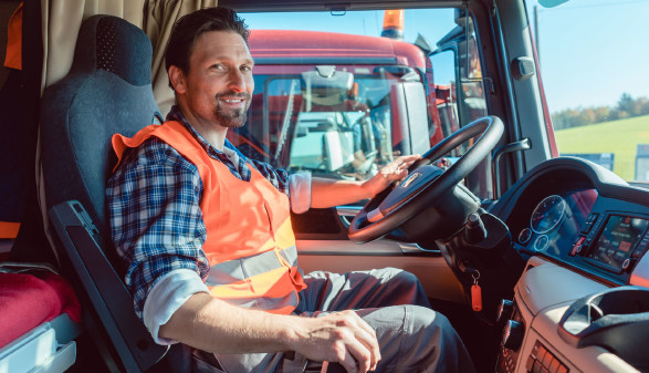 Berufskraftfahrer © Kzenon, adobe.stock.com
