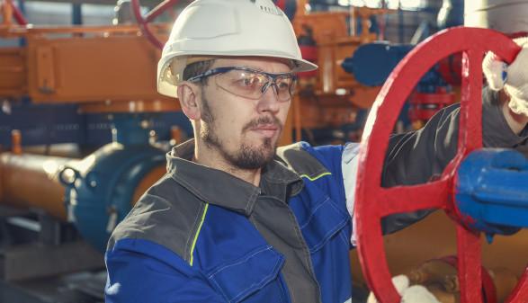 Mechaniker bei der Arbeit © evgenii, stock.adobe.com