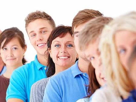 Zufriedenheit mit den Kollegen/-innen wirkt positiv aufs Betriebsklima © -, AKOÖ