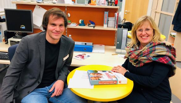 AK-Mitglied Karin Reindl-Schweighofer war mit der Beratung durch den AK-Rechtsexperten Mag. Florian Tammegger rundum zufrieden. © Baysal Özlem, -