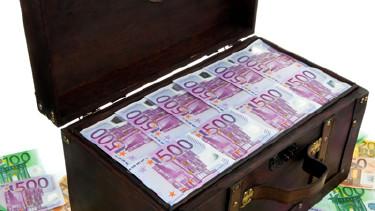 Portrait Millionärssteuer einführen © Gina Sanders, Fotolia