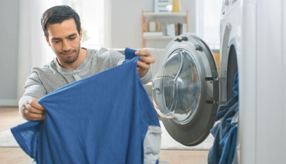 Waschmitteltest © Gorodenkoff, adobe.stock.com