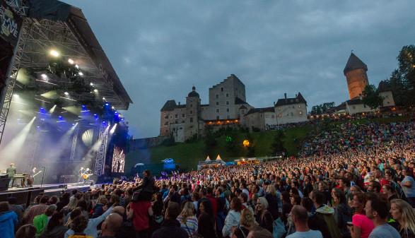 Open Air auf der Burg Clam © W.Stecher, -