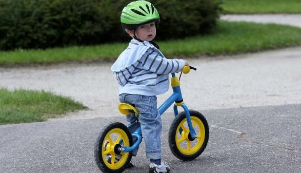 Kind auf Laufrad © Joanna Zielinska, stock.adobe.com