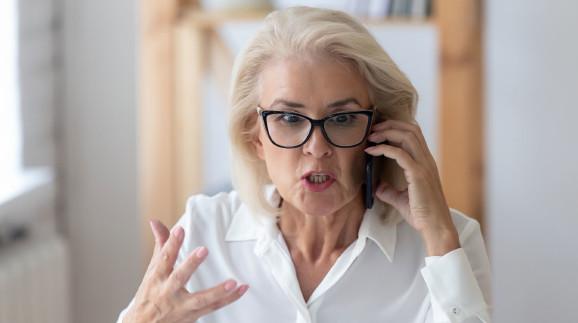 Beratungsgespräch am Telefon © fizkes, stock.adobe.com