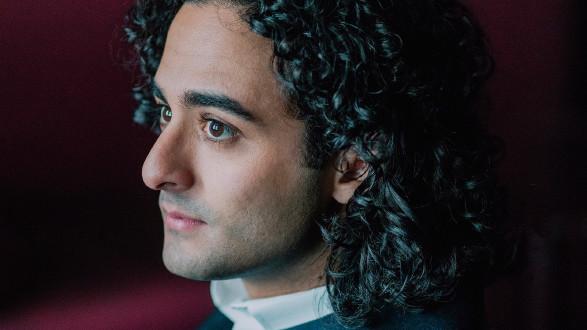 Kerem Hasan, Dirigent © Marco Borggreve, -