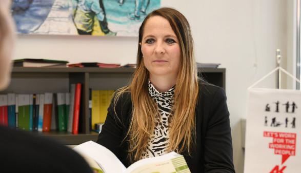 Bezirksstellenleiterin Tanja Fessl © Wolfgang Spitzbart, Arbeiterkammer Oberösterreich