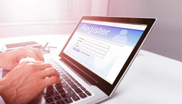 Online-Registrierung © Andrey Popov, stock.adobe.com