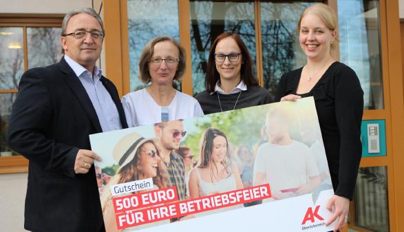 Preisübergabe © R. Brunhofer, Arbeiterkammer Oberösterreich