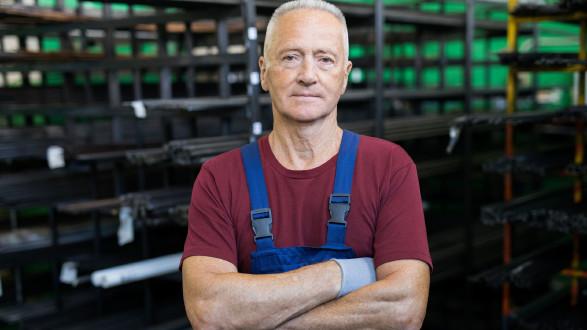 Älterer Arbeiter © pressmaster, adobe.stock.com