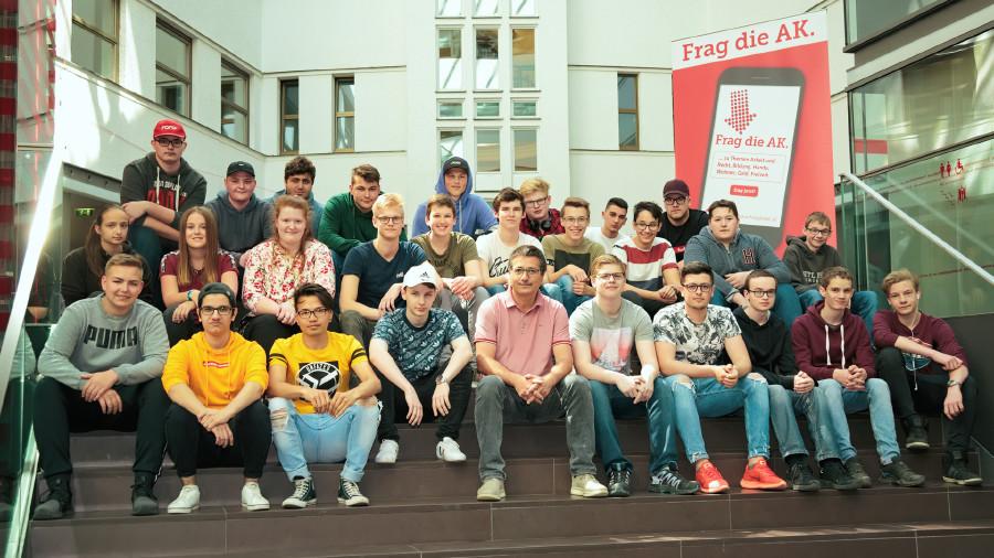 Klassenfoto der HTBLA Perg © Florian Dolzer, Arbeiterkammer Oberösterreich