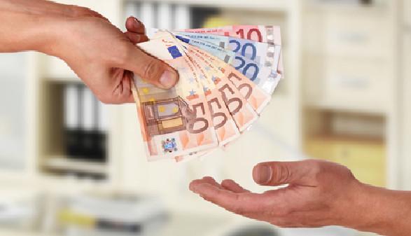 Lohn und Gehalt © underdogstudios, Fotolia.com