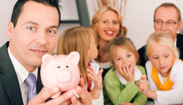 Sparschwein, Steuer, Familien © Kzenon, Fotolia.com