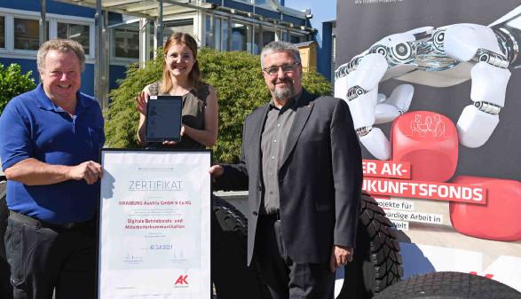 Zertifikatsübergabe an den Betriebsrat der Firma Kraiburg in Braunau © Wolfgang Spitzbart, AK OÖ